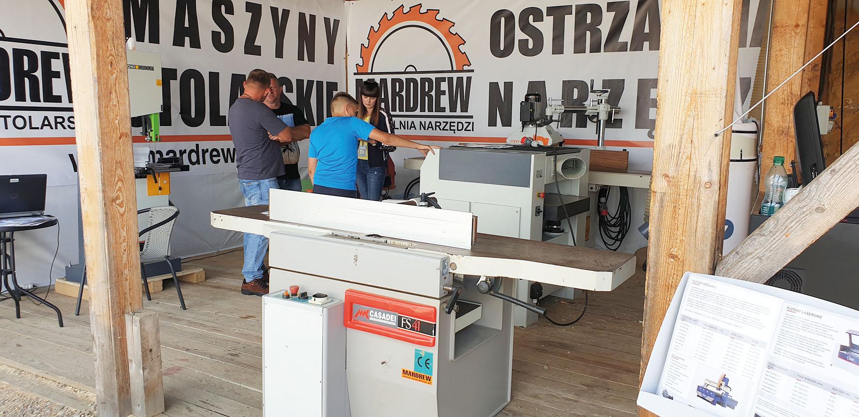 W Chochołowie można było zapoznać się z technologiami do budowy drewnianego domu.                                                                                       Fot.  KD MEDIA